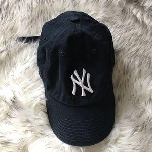 black yankees baseball cap